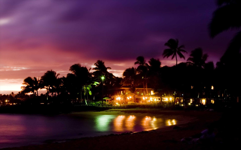 Playas tropicales en la noche